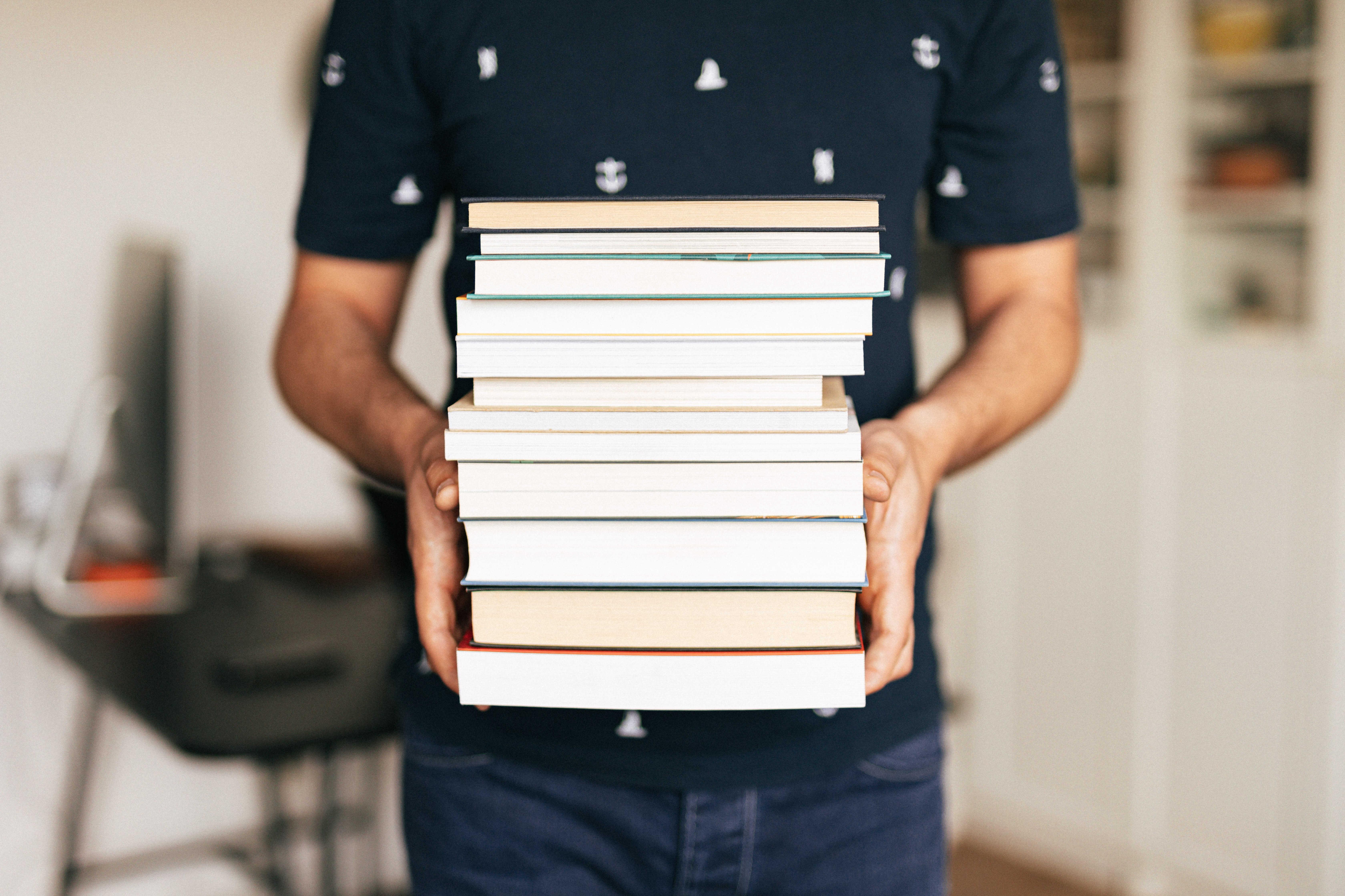 Remise de livres.jpg